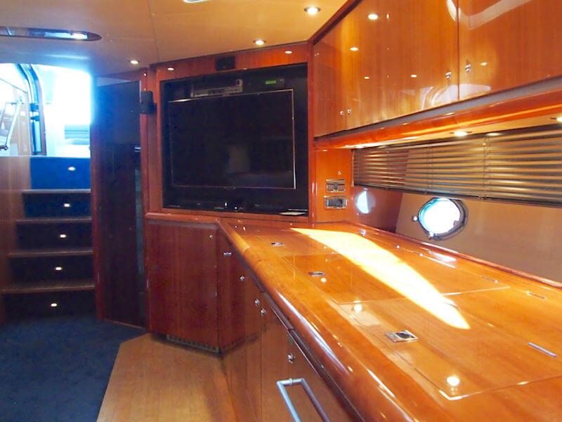 Motoryacht Salon