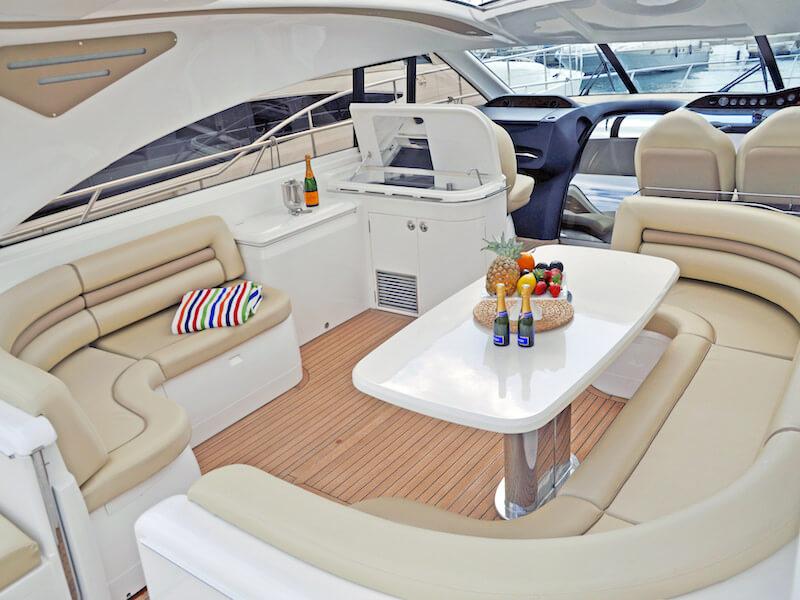 PrincessV65-cockpit