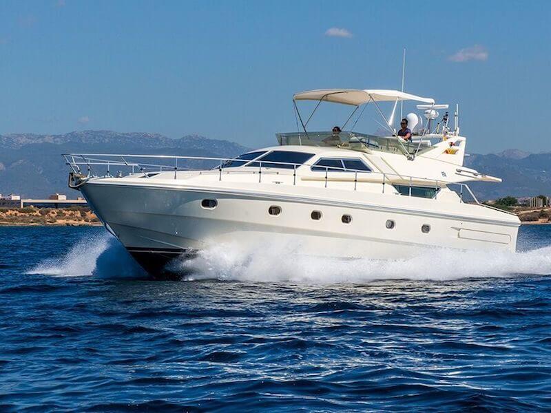 Ferreti175-cruising