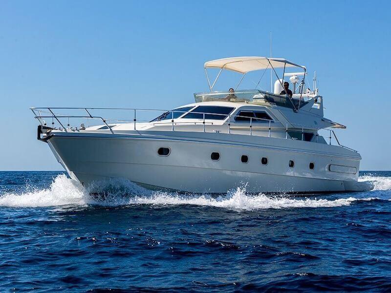 Ferreti175-cruising2