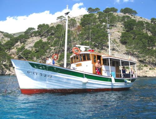 14m classic motor yacht